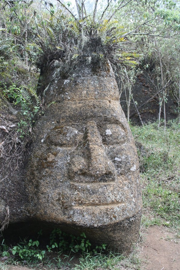 polynesian head sculpture